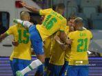 para-pemain-brasil-merayakan-gol-tersembunyi-rekan-setimnya-eder-militao.jpg