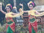 para-perempuan-ketika-menari_20180308_095202.jpg