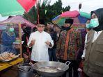 pasar-kuliner-tahu-desa-gitik-kecamatan-rogojampi-banyuwangi-jawa-timur.jpg