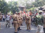 pawai-sepeda-tua-oleh-komunitas-sepeda-tua-indonesia-bali-untuk-memperingati-hut-ke-75.jpg