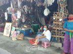 pedagang-di-pasar-guwang-1.jpg