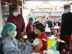 pelaksanaan-gertak-vaksinasi-covid-19-di-desa-abuan-susut-kamis-65fd.jpg