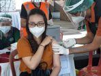 pelaksanaan-vaksinasi-di-pasar-badung-denpasar-bali.jpg