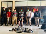 pelaku-pencurian-diamankan-bersama-puluhan-hp-hasil-pencurian.jpg