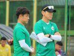 pelatih-timnas-u19-indonesia-shin-tae-yong-memimpin-latihan-anak-asuhnya-di-kroasia.jpg