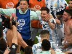 pemain-argentina-melakukan-selebrasi-usai-pertandingan-semifinal-turnamen-sepak-bola-copa-america.jpg