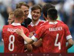 pemain-rusia-rayakan-kemenangan-atas-finlandia.jpg