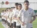 pemain-timnas-indonesia-berlatih-di-uea-belum-lama-ini-untuk-menghadapi-kualifikasi-piala-dunia.jpg