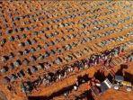 pemandangan-dari-udara-pemakaman-massal-korban-covid-19.jpg