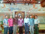 pengurus-dpd-hkti-bali-foto-bersama-usai-bertemu-dengan-gubernur.jpg