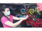 penjual-bunga-valentine-di-jalan-sutoyo.jpg