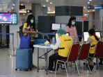 penumpang-domestik-di-bandara-ngurah-rai.jpg