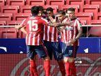 penyerang-uruguay-atletico-madrid-luis-suarez-cetak-gol.jpg