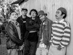 personel-madness-on-the-block-alias-motb-telah-merilis-album-penuh-perdananya-berjudul-ucklaw.jpg