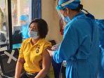 personel-polres-badung-saat-mengikuti-vaksin-covid-19-di-di-urkes-polres-badung.jpg
