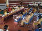 pertemuan-komisi-iv-dprd-bali-dengan-bidan-ptt.jpg