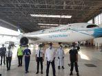 pesawat-bermasker-garuda-indonesia.jpg