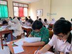 peserta-ksn-tingkat-kota-denpasar-tengah-mengikuti-kompetisi.jpg