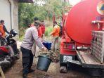 petugas-bpbd-bersinergi-dengan-act-mendistribusikan-air-bersih-ke-desa-tianyar.jpg