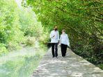 presiden-dan-ibu-negara-iriana-joko-widodo-meninjau-hutan-mangrove.jpg