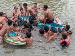 proses-evakuasi-jenazah-korban-tenggelam-di-pantai-siyut-gianyar-rabu-2752020.jpg