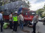 proses-evakuasi-truk-mogok-di-banjar-lumajang-desa-samsam.jpg