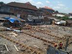 proses-pembangunan-pasar-anyar-sari-senin-2392019.jpg