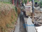 proyek-drainase-di-desa-pejeng-kangin-senin-642020.jpg
