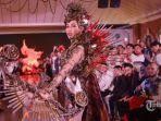 puteri-indonesia-2019-frederika-alexis-cull-mengenakan-kostum.jpg