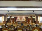 rapat-paripurna-ke-9-masa-persidangan-ii-tahun-2020-dewan-perwakilan-rakyat-dprd-provinsi-bali.jpg