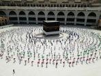 ratusan-jemaah-muslim-mengelilingi-kabah.jpg