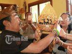 replika-mahkota-raja-klungkung_20180406_084918.jpg