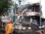 restoran-legian-terbakar.jpg