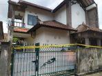 rumah-atau-lokasi-ditemukannya-seorang-pegawai-bank-di-denpasar-yang-diduga-korban-pembunuhan.jpg