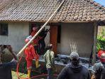 rumah-warga-di-dusun-peken-desa-aan-kecamatan-banjarangkan-klungkung-terbakar.jpg