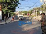 satpol-pp-kabupaten-badung-lakukan-pengawasan-protokol-kesehatan-di-kuta-rabu-28-juli-2021-sore.jpg