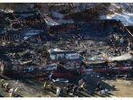 sebuah-kelab-malam-di-rhode-island-tebakar-pada-20-februari-2003.jpg