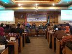 seminar-nasional-teknologi-energi-nuklir_20151015_131233.jpg
