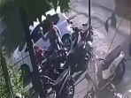 seorang-pria-terekam-cctv-sedang-melakukan-aksi-pencurian.jpg