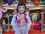 shaella-sasa-aulia-memilih-karakter-annabelle-dalam-acara-tribun-bali-kids-2019.jpg