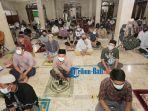 shalat-tarawih-malam-pertama-ramadhan-1442-h-di-denpasar-bali-4.jpg