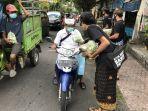 simpatisan-jrx-kembali-melakukan-aksi-bagi-pangan-gratis.jpg