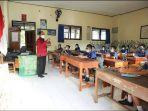 siswa-di-kabupaten-gianyar-menggelar-pembelajaran-tatap-muka-selasa-23-maret-2021.jpg