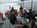 speedboot-terbalik-dihantam-ombak-20-wna-ukraina-terombang-ambing.jpg