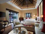 stay-di-hotel-aja-ala-the-trans-resort-bali.jpg