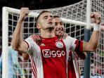 striker-ajax-amsterdam-dusan-tadic-diincar-oleh-ac-milan.jpg