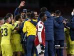 striker-arsenal-asal-inggris-eddie-nketiah-tengah-bereaksi-saat-para-pemain-villarreal.jpg