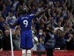 striker-chelsea-belgia-romelu-lukaku-merayakan-mencetak-gol-ketiga.jpg