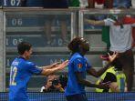striker-italia-dan-juventus-moise-kean-kanan-berselebrasi-setelah-mencetak-gol-pertama.jpg