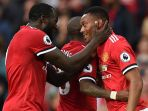 striker-manchester-united-anthony-martial-kanan_20171021_213926.jpg